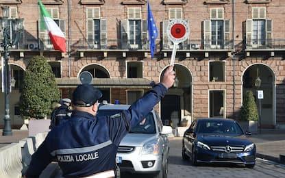 Covid, le multe per chi viola il Dpcm di Natale: da 400 a 3mila euro