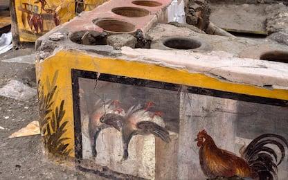 Pompei, ritrovato un Termopolio intatto. VIDEO