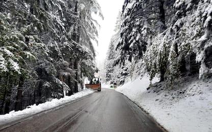 Maltempo Lombardia, nevicate a basse quota in Valtellina