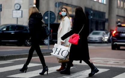 Saldi e coronavirus, le 10 regole per acquistare ed evitare contagi
