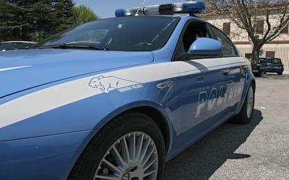 Ragazza segregata, violentata e filmata nel Casertano: tre arresti