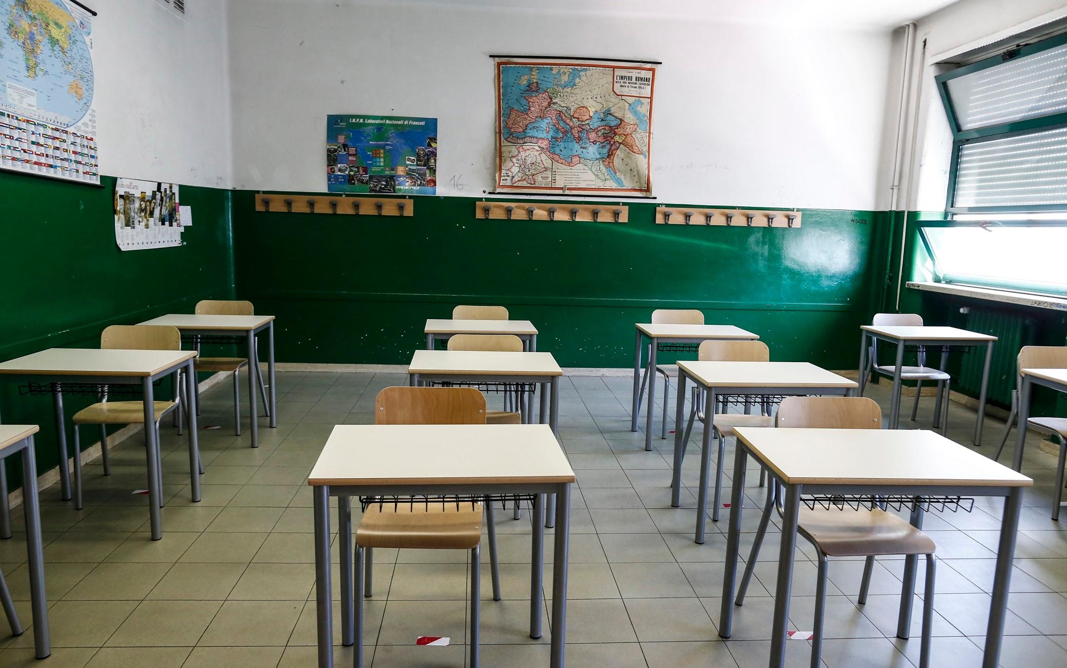 Covid, scuole: con il nuovo Dpcm a rischio dad nove studenti su dieci