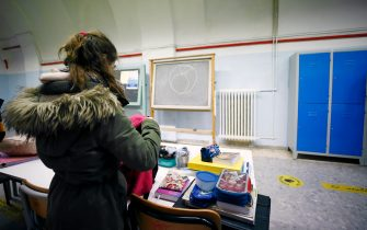 Foto Cecilia Fabiano/ LaPresse  07 gennaio 2021 Roma (Italia) Cronaca :  Riapertura delle scuole secondarie di primo grado    Nella Foto : la scuola media Manin  Photo Cecilia Fabiano/LaPresse January  07, 2021  Roma (Italy)  News:   The secondary school opening   In the Pic : the Manin secondary school