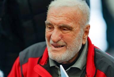 È morto l'alpinista Cesare Maestri, il Ragno delle Dolomiti
