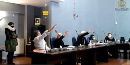 Giorno della Memoria, Cogoleto: saluto fascista in consiglio comunale