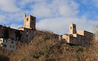 Veduta di Sarnano (Ancona) che nonostante il Covid ha registrato 28 mila presenze nel 2020, 28  novembre 2020. ANSA/GIANLUIGI BASILIETTI