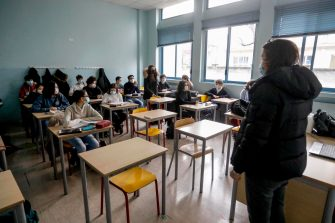Liceo Volta students in class after returning to the yellow zone in Milan, Italy, February 1, 2021. The approximately 8 million Italian students are all back in class today, including 2.5 million high school students, even if with percentages ranging from 50 to 75% in attendance, as foreseen by the latest Dpcm. ANSA / Mourad Balti Touati