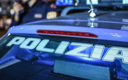 Messina, ruba bancomat e fa shopping: arrestato