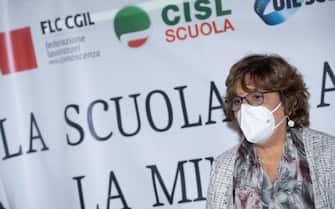 Il segretario generale di CISL Scuola, Maddalena Gissi, durante una conferenza stampa sindacati sulla Scuola a Roma, 21 ottobre 2020. ANSA/CLAUDIO PERI