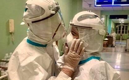San Valentino, a Bari l'amore tra due infermieri del reparto Covid