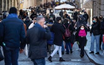 Folla a via Condotti. Roma, 14 febbraio 2021ANSA/MASSIMO PERCOSSI