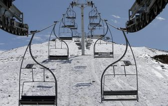 A chairlift is seen at the closed ski resort of Kfardebian (known as Faraya), northeast of the Lebanese capital Beirut, on March 1, 2014. The resort of Faraya stayed closed this winter because of low snowfall rates that failed to reach the yearly average. AFP PHOTO/JOSEPH EID        (Photo credit should read JOSEPH EID/AFP via Getty Images)