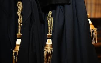 BRESCIA 27 Gen 2012 - toga avvocato,consiglio ordine degli avvocati incontro con la stampa brescia 27 gennaio 2012 ph. andrea campanelli fotogramma/brescia (BRESCIA - 2012-01-27, Fotogramma Brescia / Fotogramma Brescia) p.s. la foto e' utilizzabile nel rispetto del contesto in cui e' stata scattata, e senza intento diffamatorio del decoro delle persone rappresentate