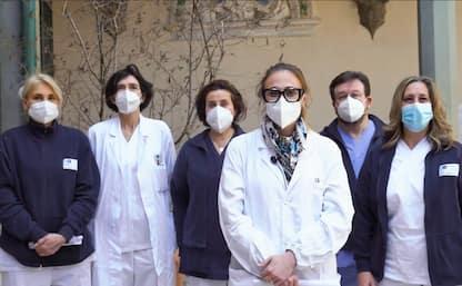 Covid, medici e infermieri di Firenze leggono Divina Commedia di Dante
