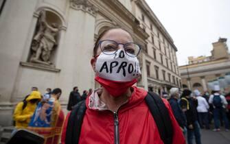 manifestazione io apro roma