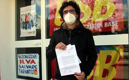 """Operaio ArcelorMittal licenziato, l'azienda: """"Disponibili a confronto"""""""