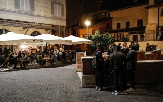 Nightlife in Trastevere district, during the Covid-19 Coronavirus emergency, in Rome, Italy, 9 October 2020. ANSA/GIUSEPPE LAMI