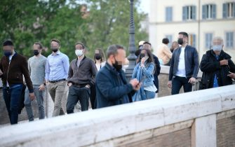 Gatherings at  Ponte Sisto, Rome, Italy,  30 april 2021. ANSA/CLAUDIO PERI