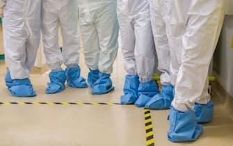 """BOLOGNA. 10-03-2021. La clinica privata """"Villalba"""" di Bologna ha messo a disposizione la sua struttura facendola diventare interamente """"Covid-19"""" per alleggerire la pressione della nuova ondata del coronavirus sugli ospedali pubblici. E' stata dedicata al Covid-19 sia la terapia intensiva che il reparto per la degenza. (BOLOGNA - 2021-03-10, MICHELE LAPINI) p.s. la foto e' utilizzabile nel rispetto del contesto in cui e' stata scattata, e senza intento diffamatorio del decoro delle persone rappresentate"""
