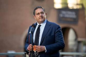 Il presidente della Regione LIguria, Giovanni Toti, alla manifestazione in solidarietà ad Israele e contro gli attacchi di Hamas che si è svolta nel quartiere del ghetto della capitale, Roma, 12 maggio 2021. ANSA/MASSIMO PERCOSSI