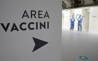 The Acea anti-Covid-19 vaccination hub , Rome, Italy,15 maggio 2021. ANSA/CLAUDIO PERI
