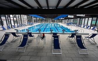 La piscina coperta del Due Ponti Sporting Club chiusa secondo le misure anti Covid contenute nel nuovo DPCM entrato in vigore da oggi, Roma, 26 ottobre 2020. ANSA/RICCARDO ANTIMIANI