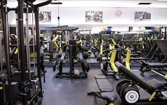 La sala pesi della palestra Silver Gym chiusa secondo le misure anti Covid contenute nel nuovo DPCM entrato in vigore da oggi, Roma, 26 ottobre 2020. ANSA/RICCARDO ANTIMIANI