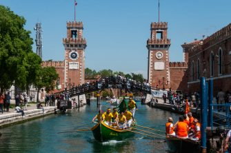 VENICE, ITALY - MAY 23: Rowers on typical Venetian boats attend the 2021 edition of Vogalonga after reopening with limitations due to coronavirus (COVID-19) pandemic on May 23, 2021 in Venice, Italy. The first Vogalonga took place in 1975 as a protest against the damage caused to the historic city by the waves created by the increasing numbers of powerboats and has been held annually around Pentecost Day.  (Photo by Simone Padovani/Awakening/Getty Images)
