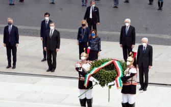 epa09242558 A handout photo made available by the Chigi Palace Press Office shows Italian President Sergio Mattarella (R) as he attends the wreath-laying ceremony at the Altar of the Fatherland as part of celebrations marking the 75th Republic Day, in Rome, Italy, 02 June 2021. The anniversary marks the proclamation of the Italian Republic in 1946.  EPA/FILIPPO ATTILI/ CHIGI PALACE/ HANDOUT  HANDOUT EDITORIAL USE ONLY/NO SALES