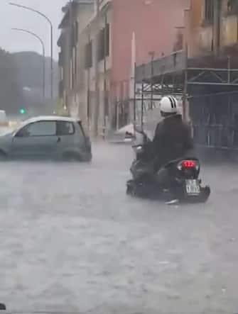 Il violento nubifragio abbattutosi su Corso Francia, Roma,  8 giugno 2021 ANSA