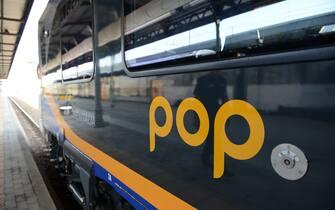 Un convoglio POP di Trenitalia