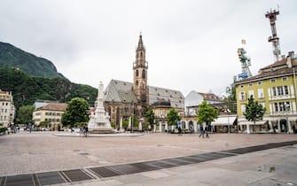 Una piazza a Bolzano, Alto Adige