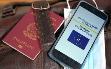 Europe, Italy , Milan , Green Pass certificazione per viaggiare in Europa dopo aver eseguito la vaccinazione anto Covid-19 Coronavirus