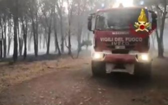Frame operazioni dei vigili del fuoco in Sardegna