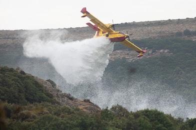 Incendi Sardegna, bruciati 20mila ettari: arginato fronte del fuoco