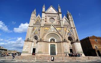 Duomo DI ORVIETO (ORVIETO - 2013-04-04, Francesco Mollo) p.s. la foto e' utilizzabile nel rispetto del contesto in cui e' stata scattata, e senza intento diffamatorio del decoro delle persone rappresentate