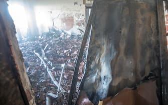interno del grattacielo bruciato a Milano