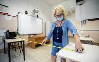 """Security measures inside the Giulio Cesare high school in Rome, Italy, 26 August 2021. There has been a sharp rise in the number of teachers and other school staff who have been vaccinated against COVID-19, Italian Education Minister Patrizio Bianchi said Thursday. """"There has been a strong increase in the vaccinated in these days among school staff,"""" Bianchi said, adding that the vaccinated, with their Green Pass vaccine passports, would be allowed to teach while the unvaccinated would be suspended. ANSA/ MASSIMO PERCOSSI"""