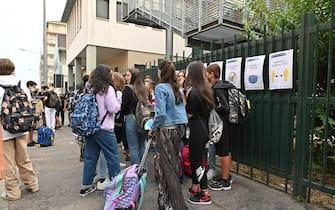 Primo giorno di scuola dopo le vacanze estive, Torino 12 settembre 2021ANSA/ALESSANDRO DI MARCO