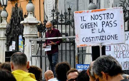 Green pass, al via raccolta firme per il referendum abrogativo