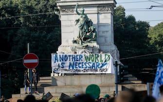 fridays for future milano manifestazione
