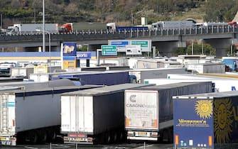 Coda di camion per trasporti