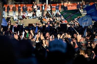 Green pass, proteste da Nord a Sud ma l'Italia non si ferma