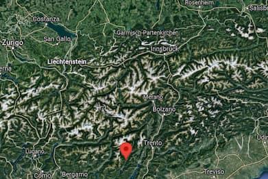 In Trentino donna muore mentre fa bouldering in montagna