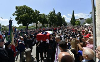 I funerali di Mario Cerciello Rega, il carabiniere ucciso a Roma, nella chiesa di Santa Croce a Somma Vesuviana (Napoli), 29 luglio 2019. ANSA/UFFICIO STAMPA CARABINIERI