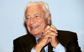 20030124 - TORINO - ECO - E' MORTO GIOVANNI AGNELLI.   E' morto il presidente d'onore della Fiat e senatore a vita Giovanni Agnelli.    ANSA - ANSA - CD