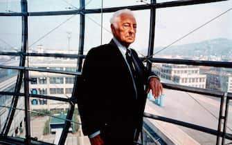 1899-1999 Torinoarchivio storiconella foto: Centenario FIAT 1899-1999.  Avv. Giovanni Agnelli. Presidente della FIAT dal 1966 al 1996Busta n° 3547/8
