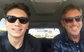 Una immagine pubblicata sul profilo Facebook di Franco Bortuzzo, padre di Manuel, il ventenne giovane promessa del nuoto ferito gravemente in strada ieri a Roma. FACEBOOK FRANCO BORTUZZO +++ATTENZIONE LA FOTO NON PUO' ESSERE PUBBLICATA O RIPRODOTTA SENZA L'AUTORIZZAZIONE DELLA FONTE DI ORIGINE CUI SI RINVIA+++ ++HO - NO SALES EDITORIAL USE ONLY++