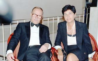 Il compositore Ennio Morricone con la moglie Maria, Venezia, 2 settembre 1992. ANSA