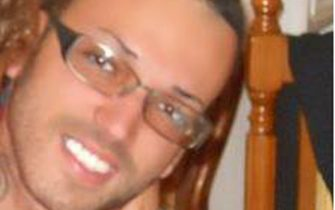 Un'immagine di repertorio di Jonathan Esposito, il ragazzo di 27 anni morto dopo essere stato accoltellato durante una lite questa notte, 27 febbraio 2011 , davanti al circolo culturale Arci di Valdilocchi, a La Spezia. ANSA / LUCA ZENNARO